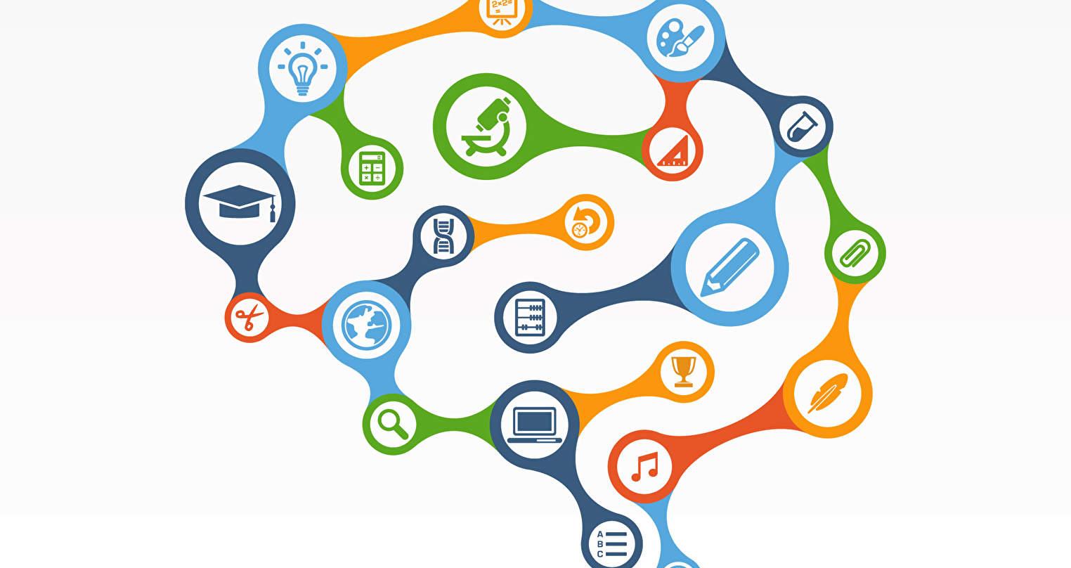 De inhoud en het aanbod van vakken in het primair onderwijs verandert. In 2017 is door de Tweede Kamer besloten dat digitale geletterdheid wordt opgenomen in het nieuwe onderwijscurriculum.
